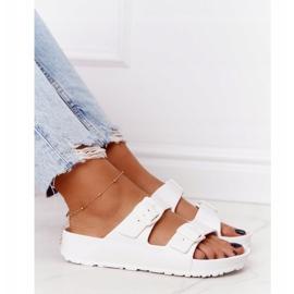 NEWS Women's White Stacy Rubber Slippers 1