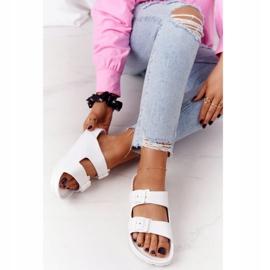 NEWS Women's White Stacy Rubber Slippers 5