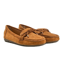 Brown loafers with a Deonte bow 2
