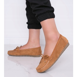 Brown loafers with a Deonte bow 4