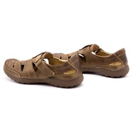 Polbut Men's openwork 260 shoes for summer, brown 8