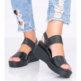 Black wedge sandals from Tiffi 2