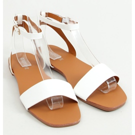 Sandals with a chain white HY23-11 White 2