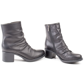 Marco Shoes Comfortable black leather boots with shirring 3