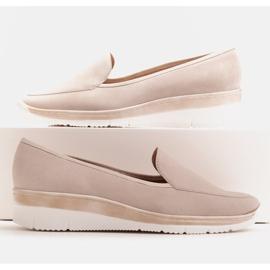 Radoskór Comfortable low wedge shoes for a wider foot beige 1