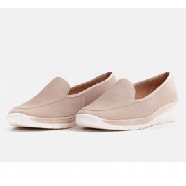 Radoskór Comfortable low wedge shoes for a wider foot beige 3