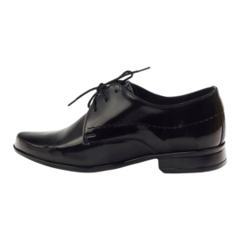 Black lacquered children's shoes Gregors 429 2