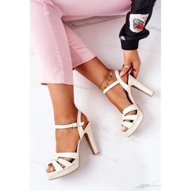 PW1 Elegant Sandals On A Bar Beige Anastasia 1