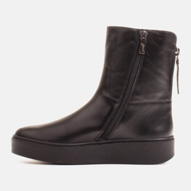 Marco Shoes Insulated sports ankle boots with a hemmed underside black 2