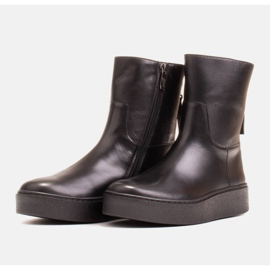 Marco Shoes Insulated sports ankle boots with a hemmed underside black 3