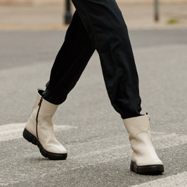Marco Shoes Sporty white ankle boots made of soft natural leather 1