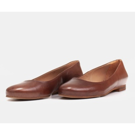 Marco Shoes Ballerinas made of brown grain leather, hand polished 6