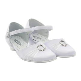 Courtesy ballerina shoes Miko 710 white 4