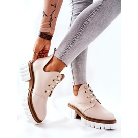 PA2 Leather Boots With A Cut Out Beige Kaxo 5