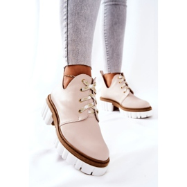 PA2 Leather Boots With A Cut Out Beige Kaxo 4